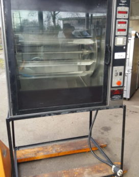 Henny Penny Commercial Rotisserie Oven Front 2