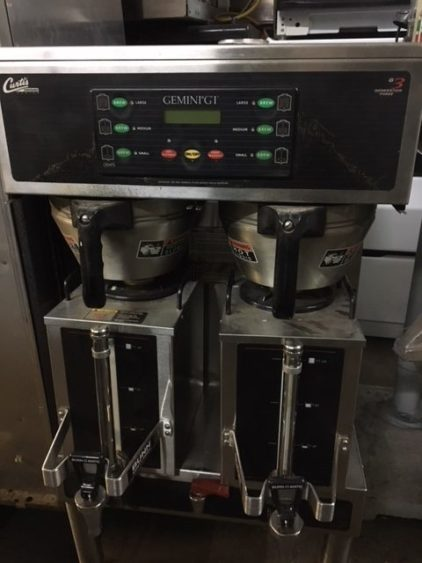 Gemini Twin 1.5 Gallon Satellite Coffee Brewer Front 2
