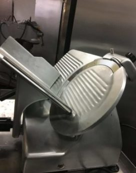 Globe G12 12″ Manual Gravity Feed Slicer View